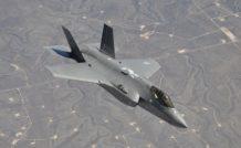 Le F-35 avait été vendu au Pentagone comme devant offrir trois versions communes à 90%, avec à la clef des économies d'échelle considérables. Les estimations font état aujourd'hui d'une communalité ne dépassant pas 20% et on cherche encore les économies...