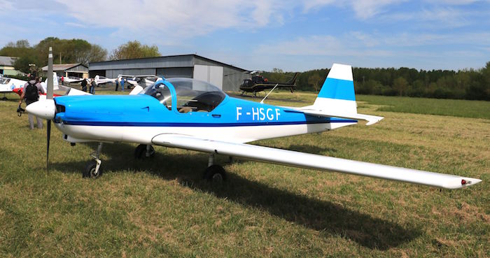 Slingsby T67C : un dérivé du RF6, conçu par l'Anglais Slingsby.