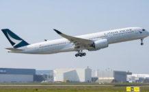 Le premier A350-900 de Cathay Pacific a effectué son premier vol le 24 mars 2016. Il a été livré le 28 mai. Son exploitation commerciale a débuté le 1er juin 2016.