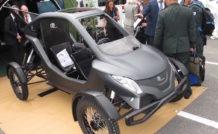 Le Pegase Mk II se distingue avant tout par la disposition des deux places en tandem. L'aspect « voiture » reste néanmoins très présent avec la carrosserie en carbone.