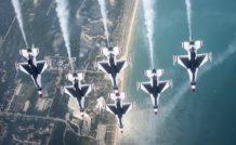 Les Thunderbirds de l'US Air Force volent sur F-16A