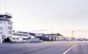 Egis est impliqué dans la gestion et l'exploitation de 14 aéroports dans le monde, totalisant plus de 25 millions de passagers et 321 000 tonnes de fret annuel.