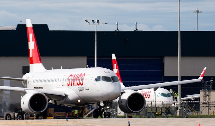 CS100 Swiss deux avions sol