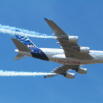L'A380 MSN4 équipé pour l'occasion de fumigènes