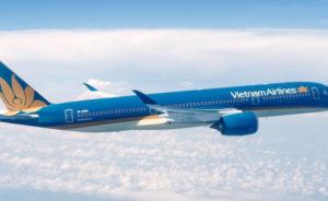 Vietnam Airines qui a l'intention de commander 10 A350-900 supplémentaires a été la deuxième compagnie à mettre en service le nouveau biréacteur long courrier d'Airbus. © Airbus