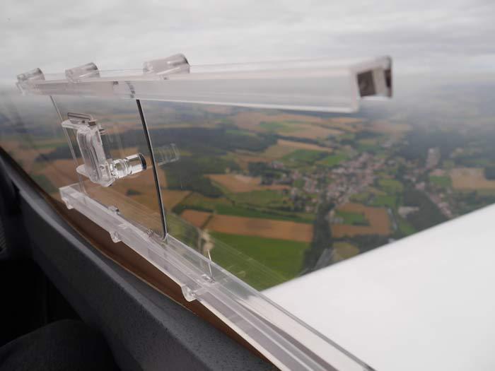 La verrière du VL3 evolution offre une bonne visibilité, sur les côtés comme sur l'avant © Aerobuzz/Fabrice Morlon