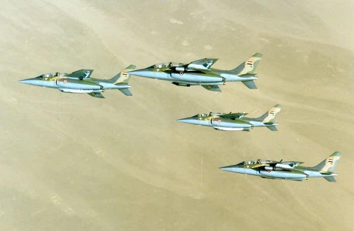 Patrouille de quatre Alpha Jet MS2 Égypte en vol.