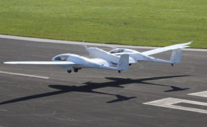 Le HY4 du DRL construit par Pipistrel a une masse de 1.500 kg au décollage. © H2FLY@Jean Marie Urlacher