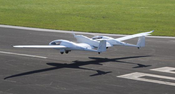 Avion à pile à combustible (hydrogène) Taurus-hydrogene-en-vol-copie-560x302