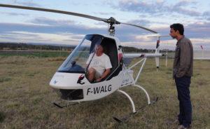 Philippe Antoine (Aquinea), aux commandes de son hélicoptère électrique Volota, en compagnie de Stéphane Conversy, enseignant-chercheur à l'ENAC. © Aquinea