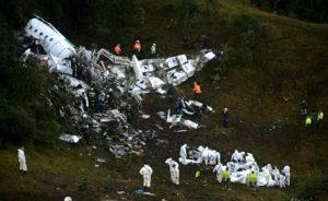 L'épave du quadriréacteur de l'Avro RJ-85 de la compagnie bolivienne Lamia. Le bilan de l'accident qui s'est produit le 28 novembre 2016 en approche de Medellin (Colombie) est de 71 morts et 6 blessés. © Aeronautica Civil