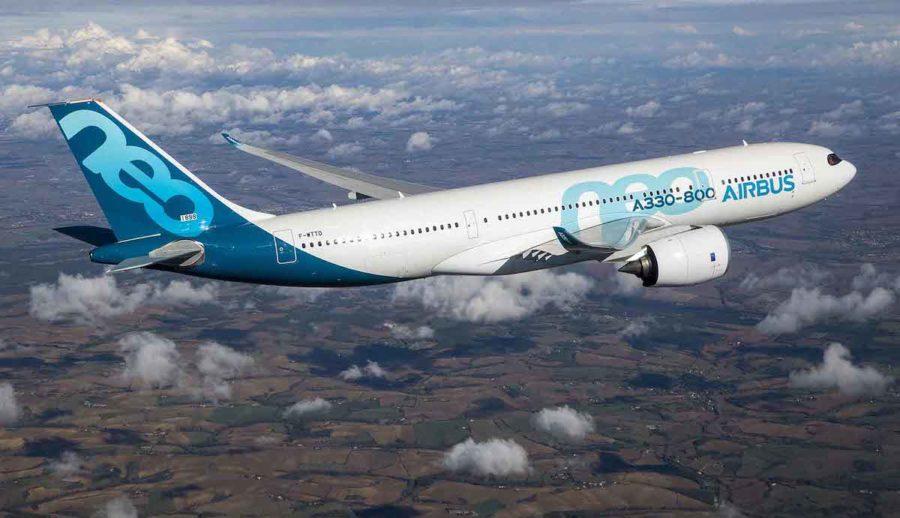 A330-800 NEO : un avion difficile à placer A330-800-first-flight-air-to-air-2--900x518