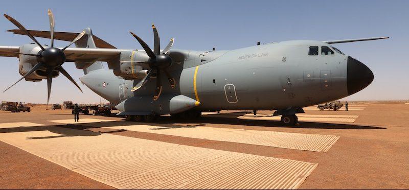 L'A400M de l'Armée de l'Air en vedette au salon du Bourget,(2019) au sol et en vol… 2-1-e1560096822939