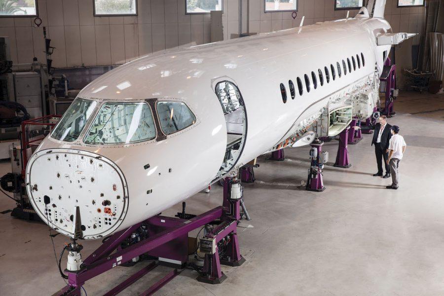 Falcon 6X - Page 2 Falcon-6X-fuselage-900x600